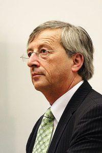 ユンケル委員長の写真 G7